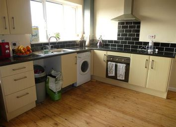 Thumbnail 4 bed property to rent in Fitch Drive, Brighton