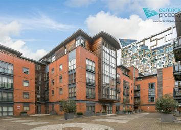 Thumbnail 2 bed flat for sale in Waterfront Walk, Birmingham