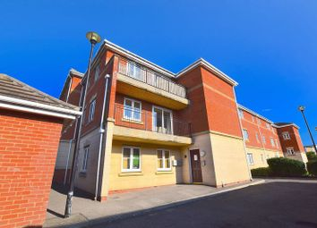 Thumbnail 1 bed flat to rent in Collier Way, Southend-On-Sea