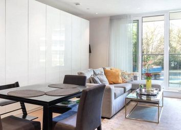 Altissima House, Vista, Chelsea Bridge Wharf SW11. 1 bed flat for sale