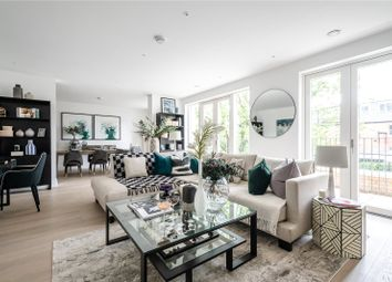 3 bed flat for sale in Oakley Gardens, Church Walk, Hampstead, London NW2
