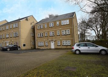 Thumbnail 3 bed flat to rent in Holland Park, Bradford