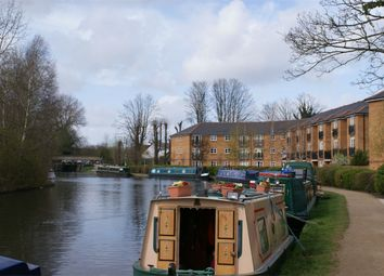 Thumbnail 2 bed flat to rent in Minoan Drive, Hemel Hempstead, Hertfordshire
