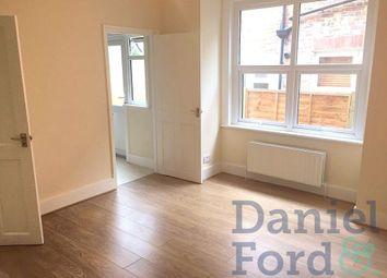 Thumbnail 3 bed flat to rent in Mersham Road, Thornton Heath