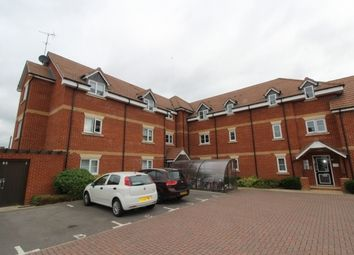 Thumbnail 2 bed flat for sale in Calver Close, Winnersh, Berkshire