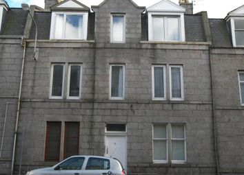 Thumbnail 2 bed flat to rent in Wallfield Crescent, Top Left