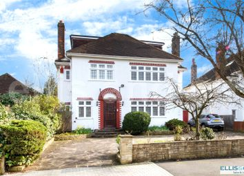 Thumbnail 6 bed detached house for sale in Millway, Mill Hill, London