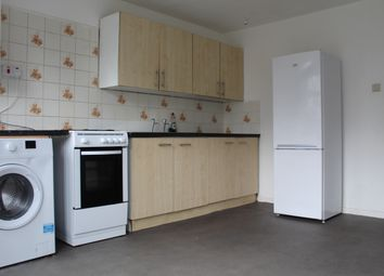 Thumbnail 4 bedroom shared accommodation to rent in Acacia Road, Mitcham