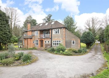 4 Bedrooms Detached house for sale in Furze Lane, Purley CR8