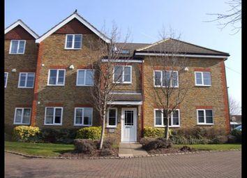 2 bed flat to rent in Kempton Court, Kempton Avenue, Sunbury-On-Thames, Surrey TW16