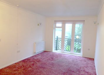 Thumbnail 2 bedroom flat for sale in Hyde Court, London
