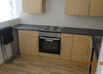 Thumbnail 2 bed flat to rent in 263 Crawley Green Road, Luton