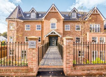 Thumbnail 3 bed flat for sale in Paddockhall Road, Haywards Heath