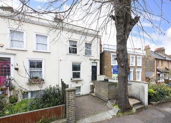Thumbnail 2 bed flat to rent in Lansdowne Lane, London
