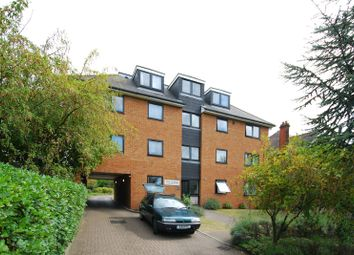 Thumbnail 2 bed flat to rent in Galsworthy Road, Kingston Hill