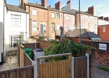Thumbnail 1 bed flat to rent in Little Newport Street, Walsall