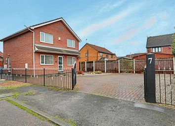 Thumbnail 4 bed detached house for sale in Nordale Close, Sutton-On-Hull, Hull