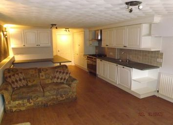 Thumbnail 1 bed flat to rent in Market Street, Spilsby