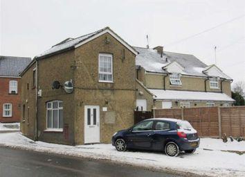 Thumbnail 1 bed flat to rent in Luton Road, Chalton, Luton