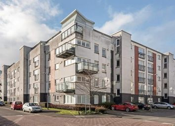 Thumbnail 2 bed flat for sale in Lapwing Road, Renfrew, Renfrewshire