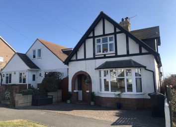 Romney Road, Rottingdean, Brighton, East Sussex BN2. 3 bed detached house