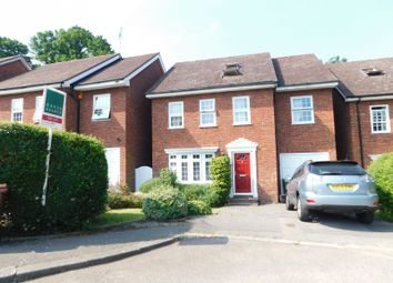 Thumbnail 6 bed property to rent in Wakehams Hill, Pinner