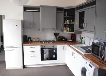 Thumbnail 2 bed flat to rent in Oakfield Street (Flat 8), Roath, Cardiff
