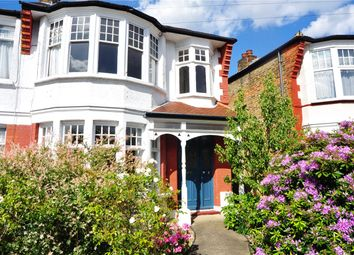 Thumbnail 2 bed flat to rent in The Rise, London