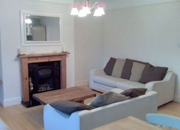 Thumbnail 3 bed flat to rent in Alexandra Road, Gloucester