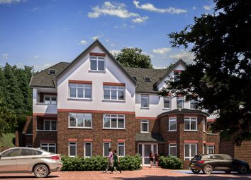 2 bed flat for sale in Welcomes Road, Kenley CR8