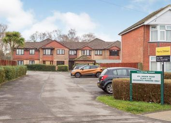 2 bed flat for sale in Southampton, Hampshire, United Kingdom SO19