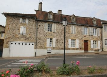 Thumbnail 6 bed property for sale in Availles-Limouzine, Poitou-Charentes, France