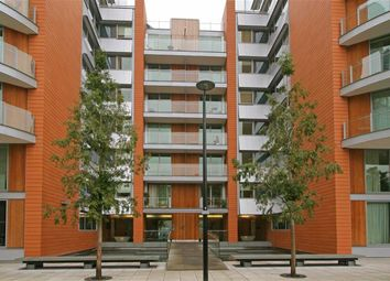 Thumbnail 3 bed flat for sale in Hermitage Street, London