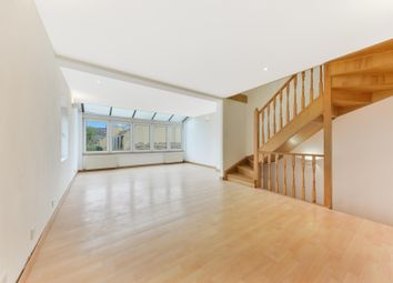 4 bed property to rent in Ardshiel Close, London SW15