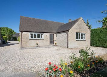 Thumbnail 3 bed detached bungalow to rent in Churchfields, Stonesfield, Witney