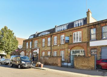 Thumbnail Office to let in Latimer Industrial Estate, Latimer Road, London