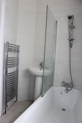 Thumbnail 2 bed flat to rent in Lucerne Road, Thornton Heath