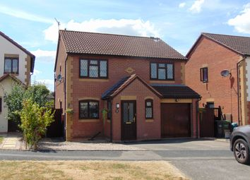 Thumbnail 4 bed detached house for sale in St Philips Drive, Evesham