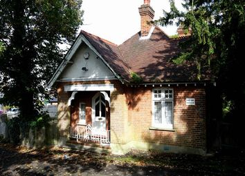 Thumbnail 2 bed lodge for sale in Cheyne Lodge, 1 Golden Lane, Bromley, Kent
