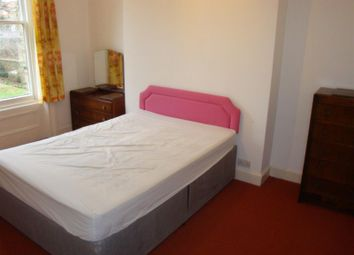 Thumbnail 2 bed property to rent in Grange Park, London