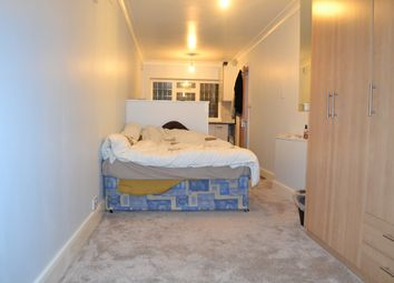 Thumbnail 1 bedroom flat to rent in Manor Way, Colindale