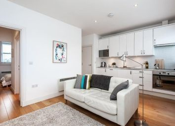 Thumbnail 1 bed flat to rent in Earls Court Road, Earls Court