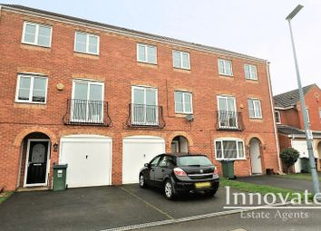 4 bed terraced house to rent in Sannders Crescent, Tipton DY4