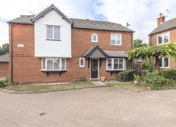 Thornleas Place, East Horsley, Leatherhead KT24. 3 bed semi-detached house
