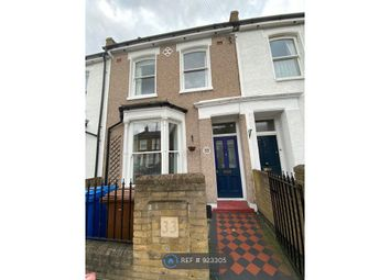 3 bed terraced house to rent in Anstey Road, London SE15
