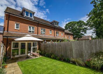 Villa Close, Cholsey, Wallingford OX10. 3 bed end terrace house