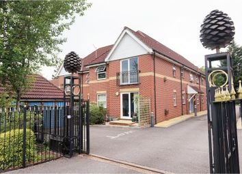 Thumbnail 1 bed flat for sale in 47 Cobden Avenue, Southampton