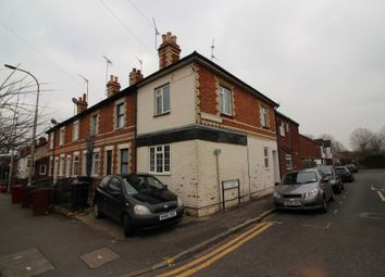 Thumbnail 4 bedroom semi-detached house to rent in Mount Pleasant, Reading