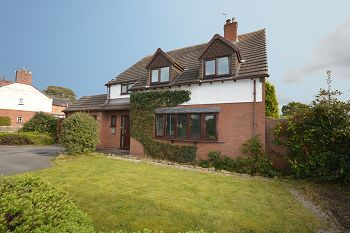 Thumbnail 4 bed detached house for sale in Hassall Road, Sandbach