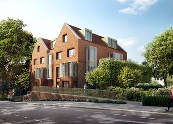 Thumbnail 2 bedroom flat for sale in Kidderpore Avenue, Hampstead, London